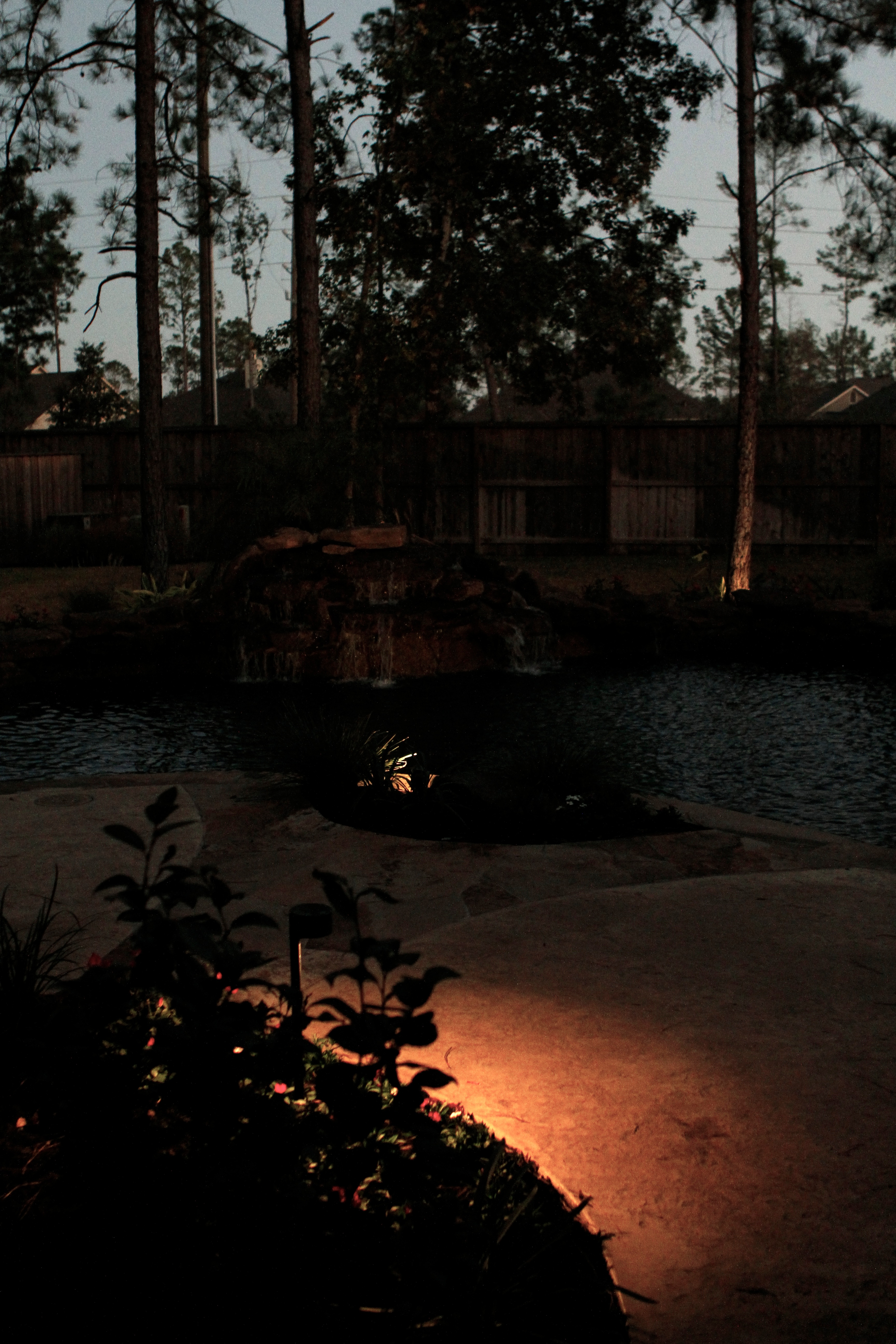 LandscapeLightingHouston.net - Houston Landscape Lighting ...